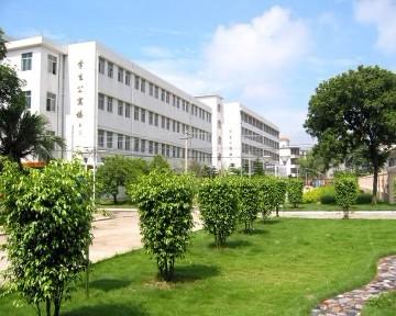 广西钦州农业学校 学校风景
